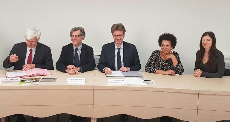 Le Groupe Initiatives et Expertises France ont signé un partenariat pour renforcer leurs liens