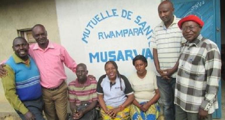 Depuis son passage au CIEDEL, Rose Mumbere a monté plusieurs mutuelles de santé communautaires