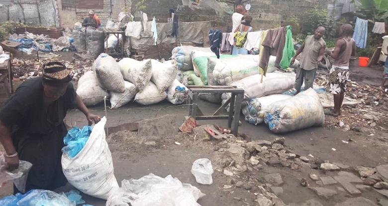 Récupération et tri de déchets en RDC