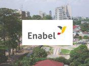 Logo Enabel sur fond Kinshasa